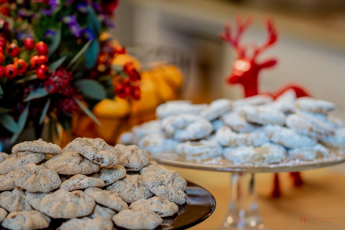Weihnachtsplätzchen Haselnussmakronen.Rezept Makronen Winter Plätzchen Weihnachtsplätzchen