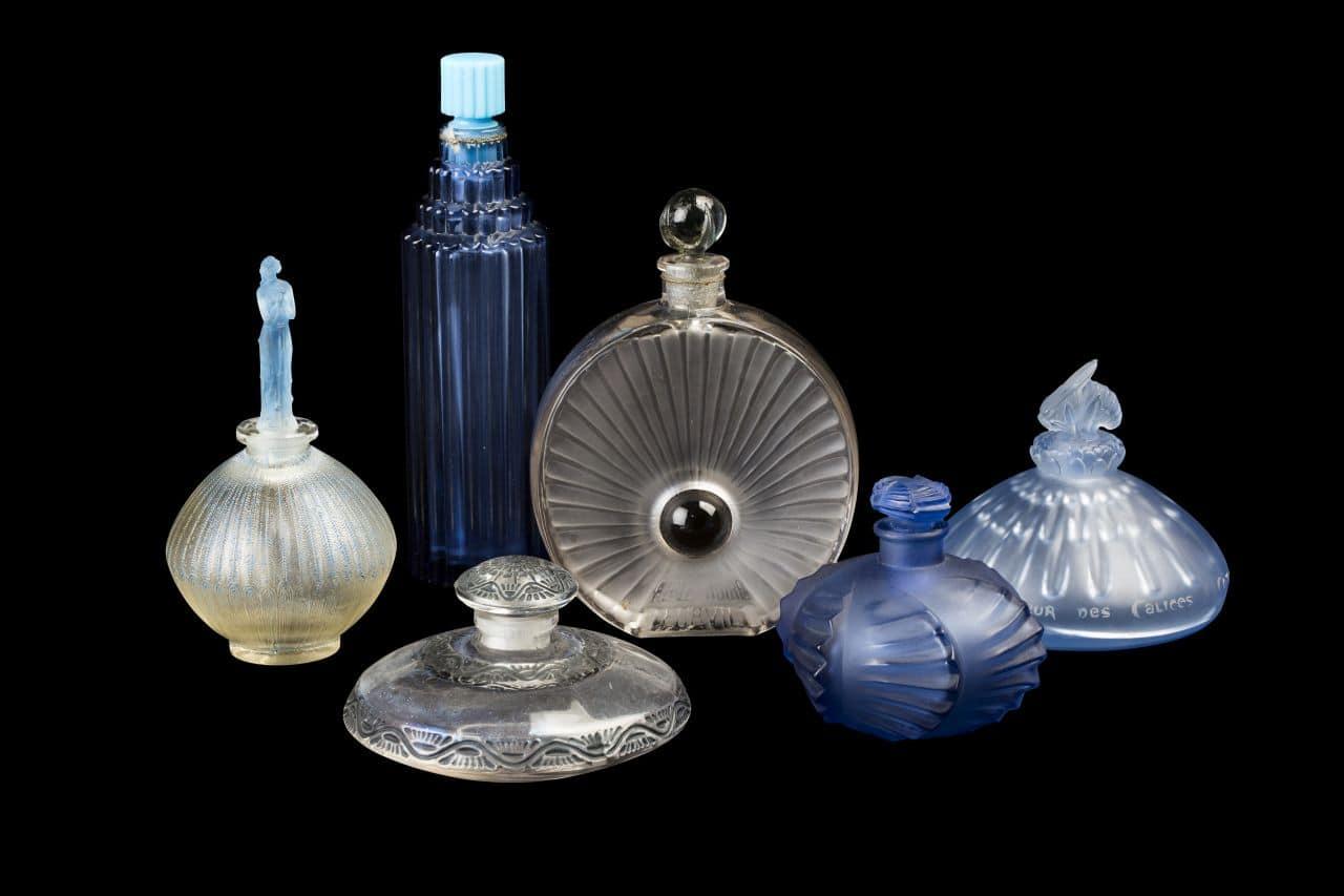 Musée Lalique - Parfumflakons (c) K. Faby - Coll. Musée Lalique (1)