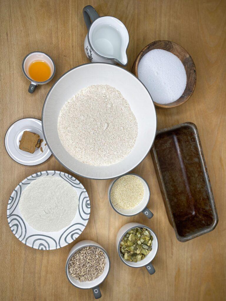 Zutaten-Dinkel-Buchweizen-Brot