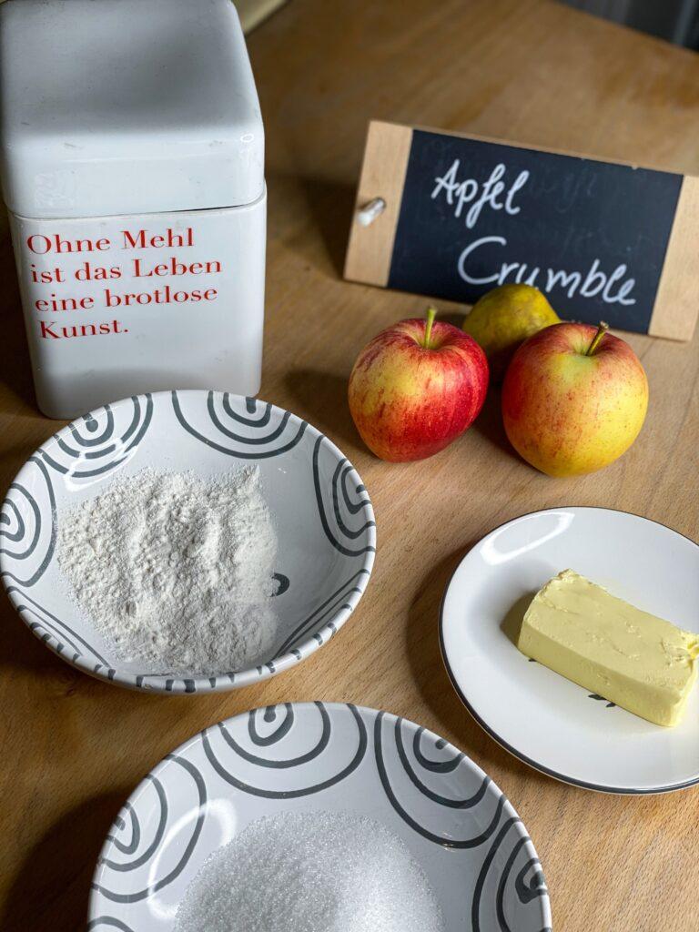 Warmer-Apfel-Crumble-Zutaten